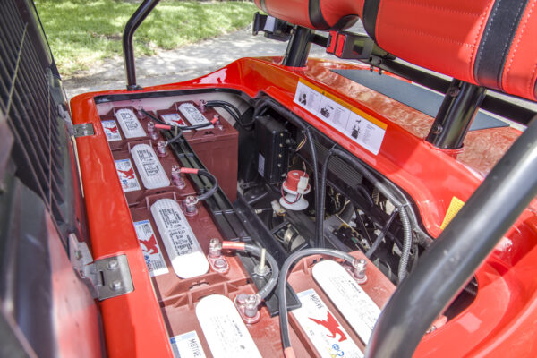 Red_4-Seater_Standard-38